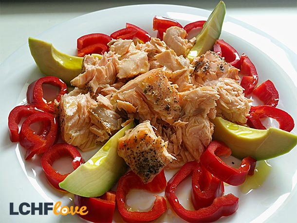 Cold Tuna with Red Peppers & Avocado