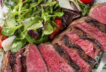 beef-salad-lchflove_564129100-featured